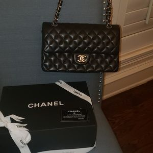 Chanel medium double flap black lambskin